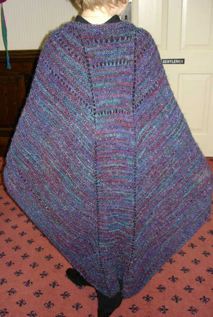 Faroese Shawl :: Troika Wrap-Around Faroese Shawl pattern