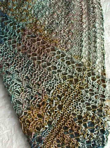 Reversible Lace Cables Scarf