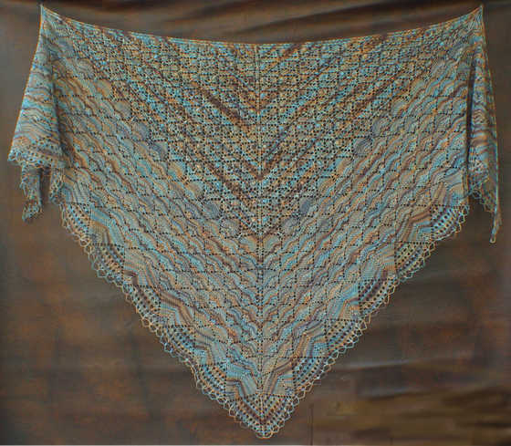 Free Knitting Pattern For Triangular Shawl : Lace Triangle Shawl :: Bobble Lace Flowers Triangle Shawl pattern