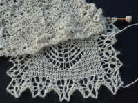 comparing unblocked knitted lace to blocked lace