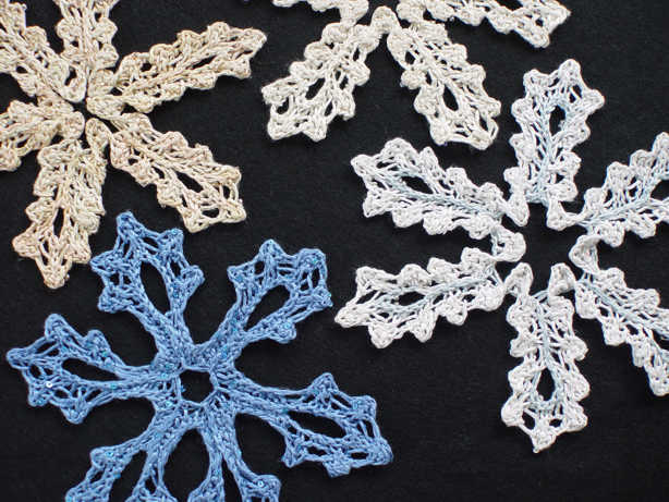 Knitted Snowflake Patterns : Knitted Snowflake :: Lacyflakes Knitted Snowflake Medallions