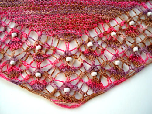 Shallow Tri Shawl - detail of lower point
