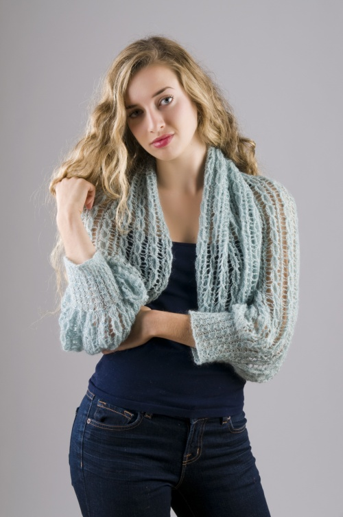 Glitz Shrug :: HeartStrings Put on the Glitz Shrug pattern