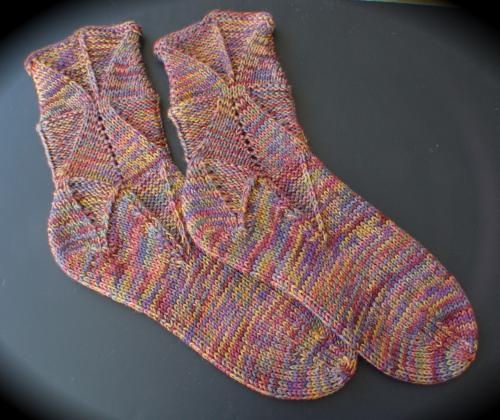 Knitting Pattern For Sandal Socks : Sandal Socks :: HeartStrings Shapely Sandal Socks pattern