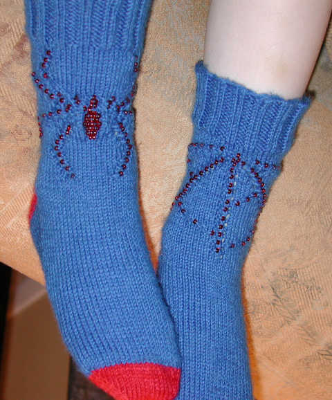 Spiderman version of Spider-Web Sockies pattern