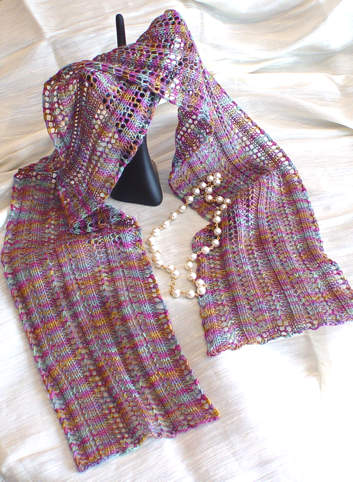Reversible Lace Ladders Scarf Delectable Reversible Knitting Patterns For Scarves