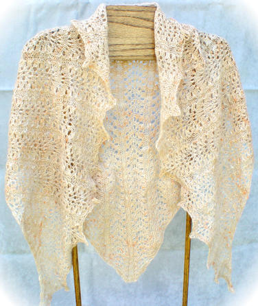 Triangle Shawl :: Elegantly Simple Triangle Shawl pattern